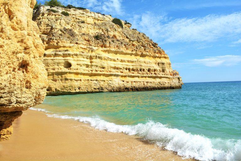 Algarvės paplūdimys