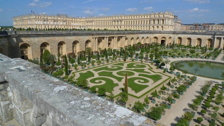 Versalio rūmų sodai
