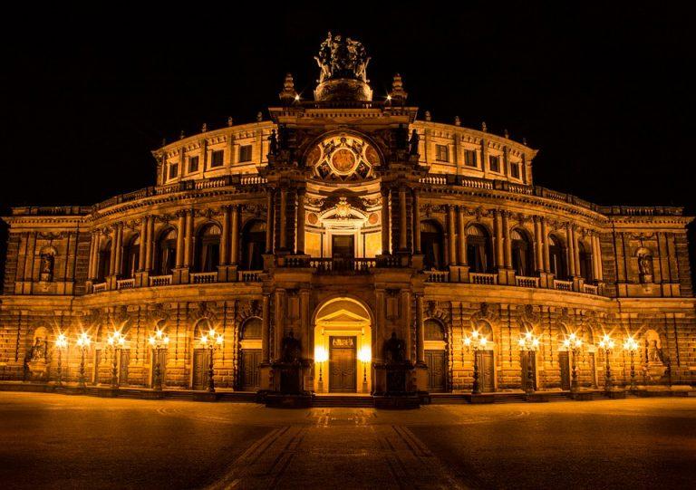 Dresdeno Opera