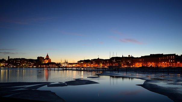 Helsinkis naktį
